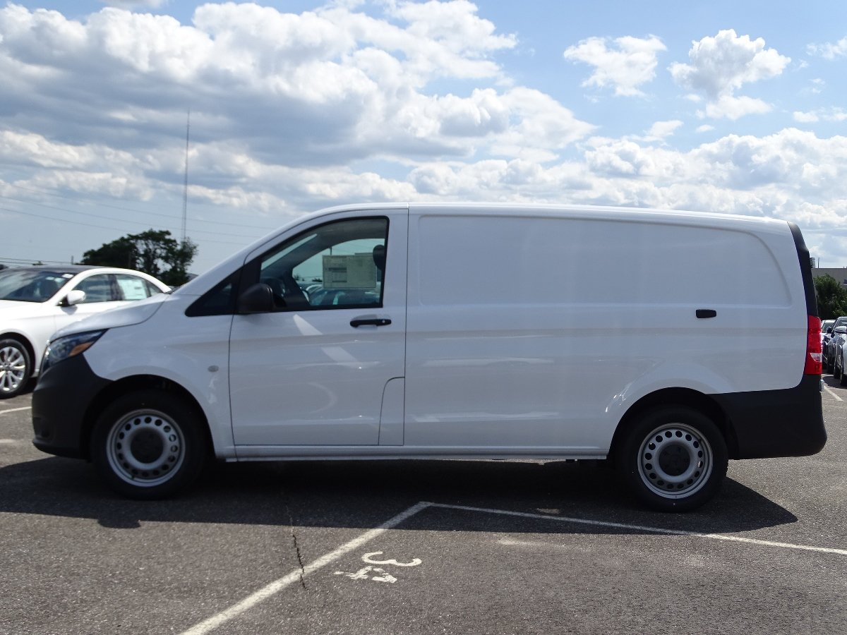 New 2017 Mercedes Benz Metris Cargo Van Cargo Van In